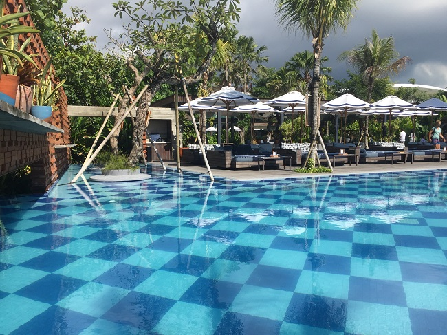 bali-swimming-pool-3